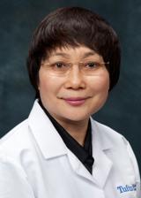 Chenchen Wang, M.D., M.Sc Investigadora del Tai Chi en la artrosis de rodilla