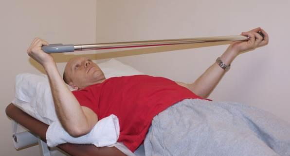 Estiramiento con elevación del hombro